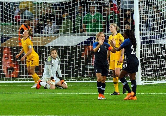 OL Penalty_Le Sommer